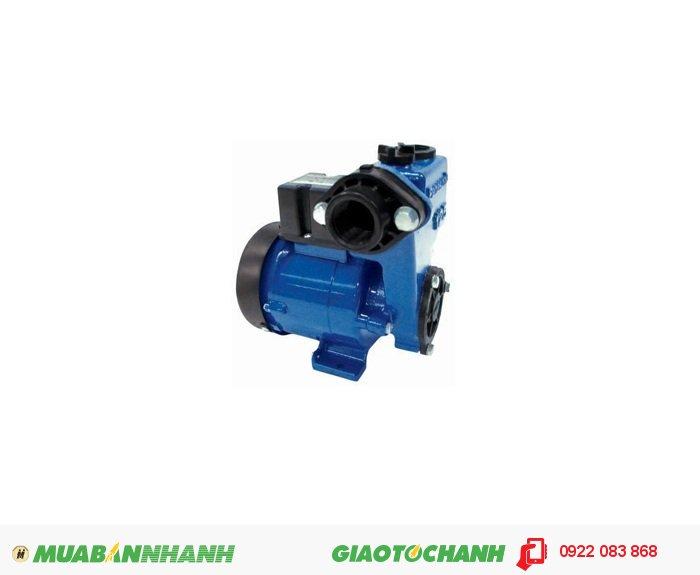 Máy bơm nước loại lớn Panasonic GP-129JX:Giá: 980.000Công suất (W) : 125Lưu lượng (lít/phút) : 500Loại nhiên liệu : ĐiệnXuất xứ : Indonesia, 3