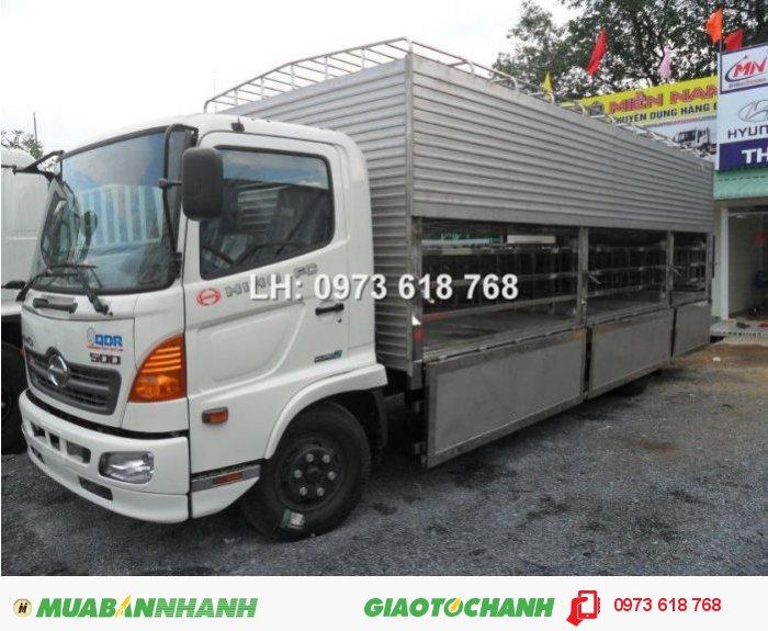 Tổng Đại lý Xe tải  Hino bán xe Hino FG chở Heo 9t4 1