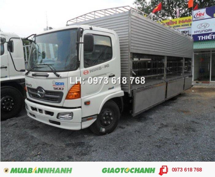 Tổng Đại lý Xe tải  Hino bán xe Hino FG chở Heo 9t4 2