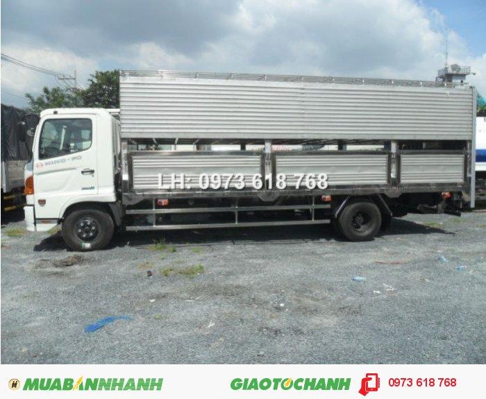 Chuyên đóng thùng xe chở heo, Hino Fg 9 tấn chở heo 2