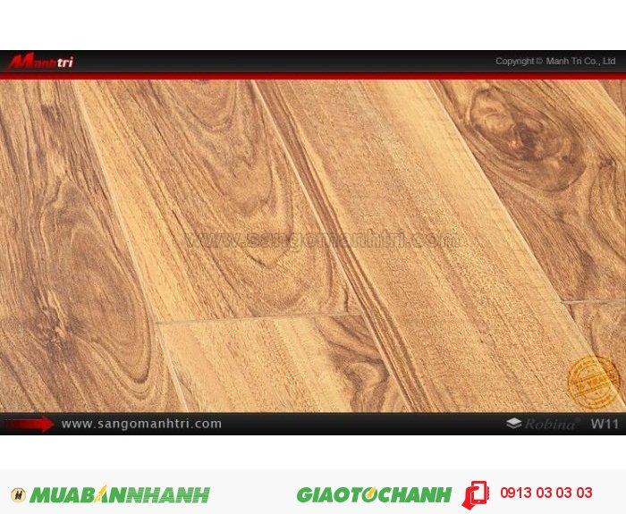 Sàn Gỗ Công Nghiệp Robina W11, dày 12mm, chống trầy; Qui cách: 1283 x 115 x 12mm; Công nghệ: Mitsu Japan - Chống trầy: AC4; Ứng dụng: Ốp tường, thi công sàn gỗ trong nhà, phòng khách, phòng ngủ. Giá bán: 459.000VND, 3