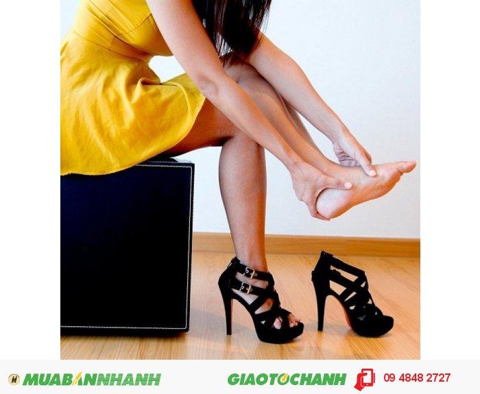 Với túi chườm Life Wonders, các nàng hay mang giày cao gót cũng đỡ lo lắng vì mang giày cao thường xuyên cũng rất dễ bị bong gân., 3