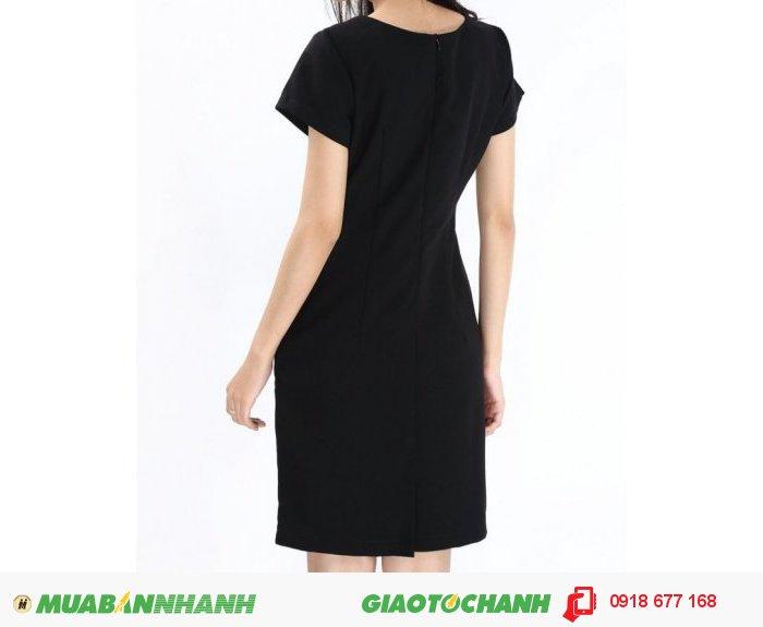 Đầm nữ phối hoa vai màu đen ZID90071