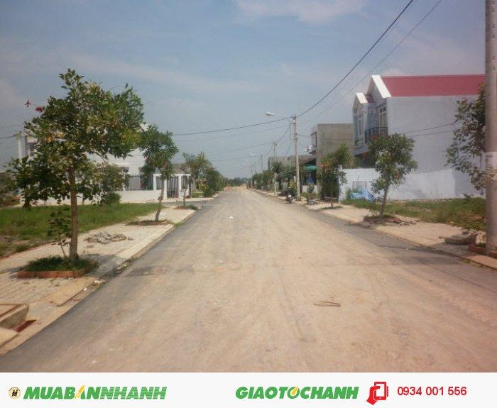 Khu đô thị Sing-Việt Bình Chánh,  bán 2 lô liền kề ,  5mx21m=245 triệu/nền , sổ hồng riêng