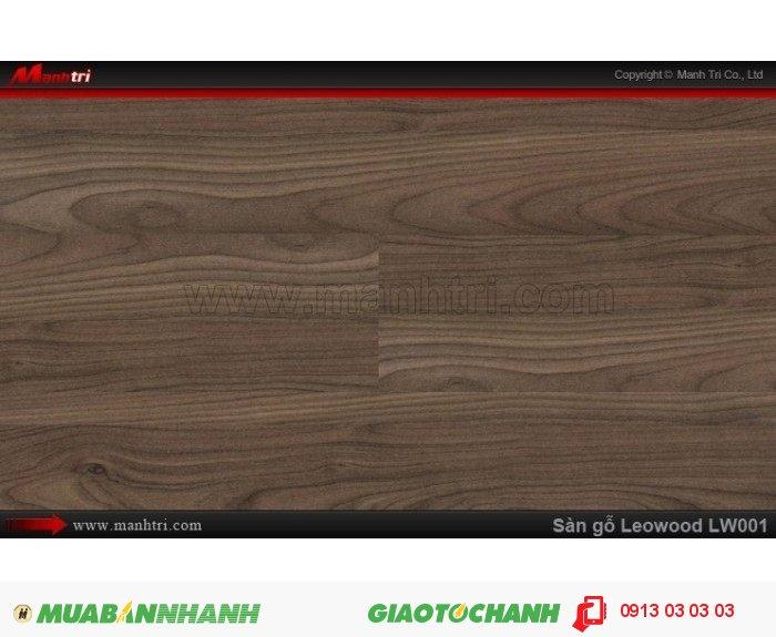 Sàn gỗ công nghiệp Leowood LW001, dày 12mm, chống mài mòn, độ bền cao | Kích thước (L x W x H): 1218mm x 195mm x 12mm | Trọng lượng: 10.00kg | Ứng dụng: Thi công lắp đặt làm sàn gỗ nội thất trong nhà, phòng khách, phòng ngủ, phòng ăn, showroom, trung tâm thương mại, shopping, sàn thi đấu. Giá bán: 365.000VND, 3