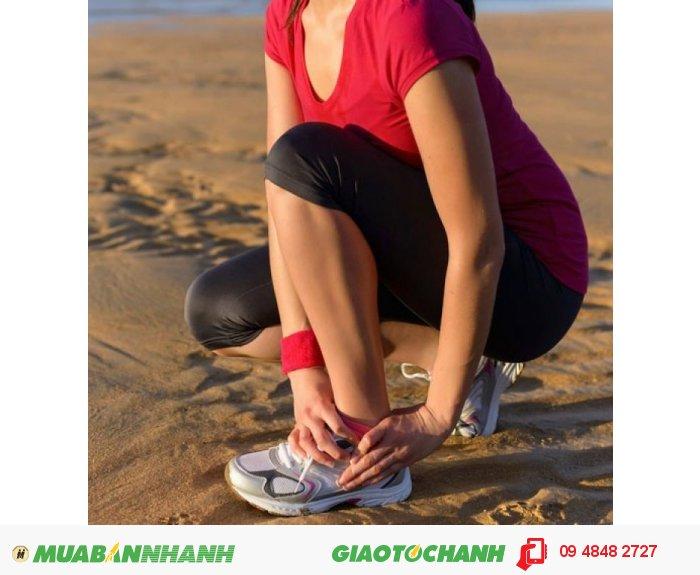 Túi chườm của Lifewonders không những trị bong gân hiệu quả mà còn giảm cảm giác đau nhức, mỏi, cảm giác tê chân, giúp lưu thông khí huyết, đặc biệt là với những người hay vận động nhiều., 3