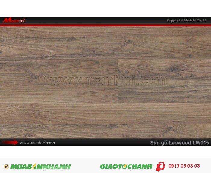 Sàn gỗ công nghiệp Leowood LW015, dày 12mm, chống mài mòn, độ bền cao | Trọng lượng: 10.00kg | Kích thước (L x W x H): 1218mm x 195mm x 12mm | Ưu điểm: Chống chịu nước tốt, chống mối mọt, an toàn và thân thiện với môi trường | Ứng dụng: Sàn gỗ Leowood được sử dụng nhiều trong các công trình nhà ở dân dụng như: nhà phố, biệt thự, khu đô thị, chung cư cao cấp.... cho đến các nhà hàng, khách sạn, các khu resort nghĩ dưỡng.....Giá bán: 365.000VND, 3