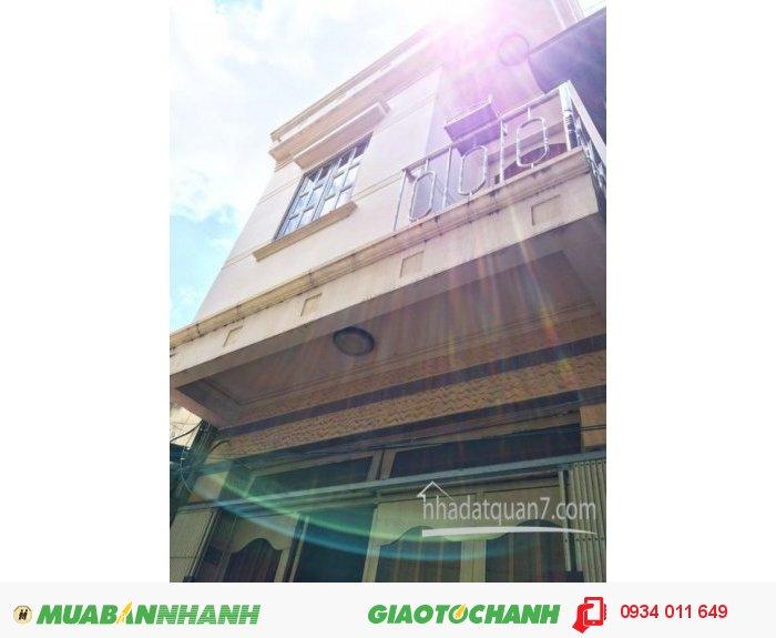 Xuất cảnh bán gấp nhà 1 lầu đúc kiên cố hẽm 3.5m đường Trần Văn Khánh, Q7