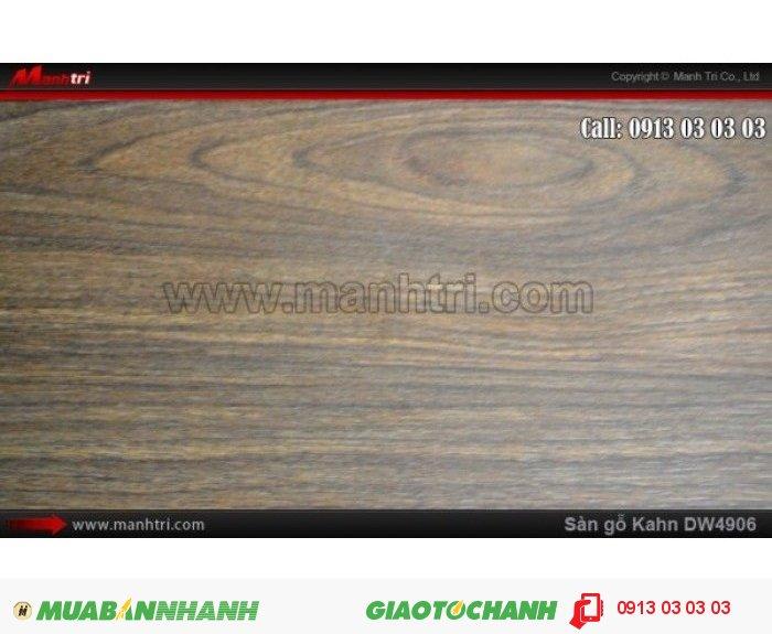 Sàn gỗ công nghiệp Kahn DW4906, dày 12.3mm, độ bền cao | Qui cách: 1375 x 188 x 12.3mm | Chống trầy: AC5 | Ứng dụng của ván gỗ công nghiệp: Thi công lắp đặt làm sàn gỗ nội thất trong nhà, sàn gỗ phòng khách, phòng ngủ, phòng ăn, showroom, trung tâm thương mại, shopping, sàn thi đấu. Giá bán: 469.000VND, 4