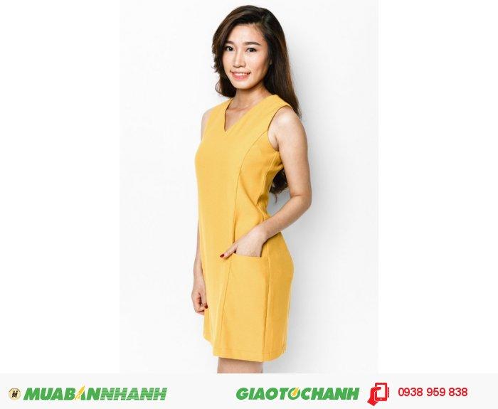 Đầm suôn phối cúp 2 túi | Mã: AD214- vàng| Giá: 488000 | Quy cách: 84-66-90 (+-2) | chiều dài tb: 85cm - 90cm | chiffon lạnh | Size (S - M - L - XL) | Mô tả: Đầm suông là thiết kế phù hợp nhất cho các quý cô 40, đừng ngần ngại thử những gam màu như vàng nhé, nó sẽ giúp bạn trẻ hơn rất nhiều., 2