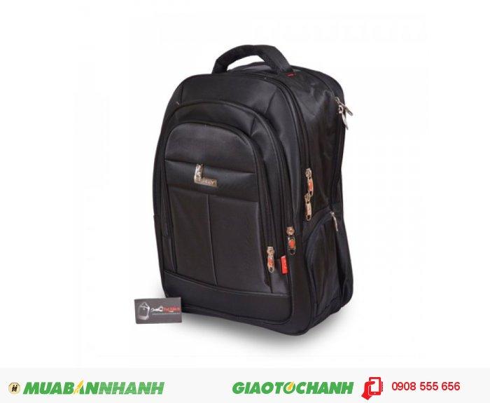 Ba lô laptop BCBLL0715001   Giá: 380,000 VND   Loại: Ba Lô   Màu sắc: Đen   Chất liệu: Vải bố Kaki   Kích thước: 32x48x17 cm   Trọng lượng: 1,1 kg   Mô tả: Kiểu dáng đơn giản, trẻ trung và năng động, phù hợp với những người có độ tuổi từ 18 đến 35. Có nhiều ngăn tiện dụng, cho bạn đựng được laptop và nhiều vật dụng khác. Thiết kế rộng, đeo vai thoải mái và chắc chắn khi đeo. , 4