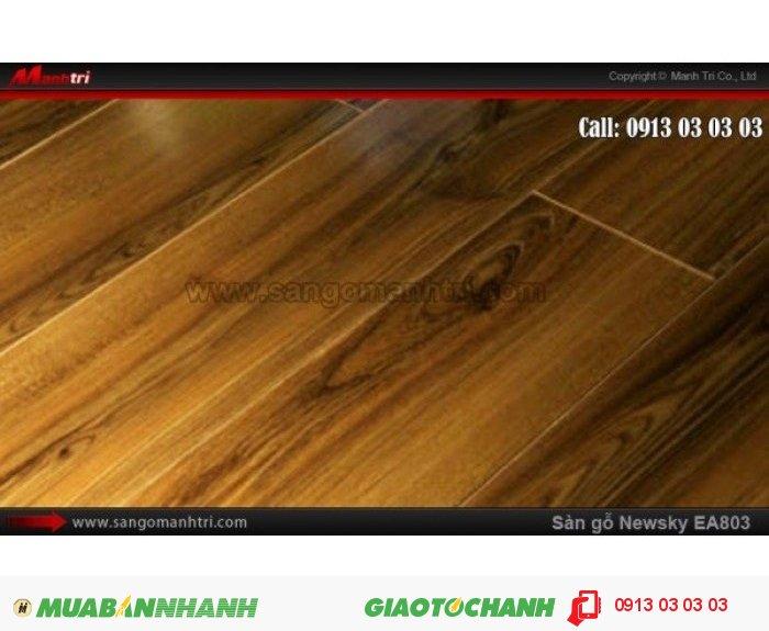 Sàn gỗ công nghiệp Newsky EA803, dày 12mm, chống mối mọt | Qui cách: 808 x 112 x 12 mm | Ứng dụng: Thi công lắp đặt làm sàn gỗ nội thất trong nhà, phòng khách, phòng ngủ, phòng ăn, showroom, trung tâm thương mại, shopping, sàn thi đấu. Giá bán: 209.000VND, 1