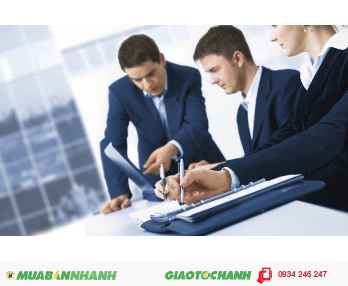 Đội ngũ tư vấn và luật sư của MasterBrand có kiến thức sâu sắc trong các lĩnh vực khác nhau, bên cạnh kiến thức chuyên sâu trong lĩnh vực mình phụ trách còn có hiểu biết về các lĩnh vực khác thông qua hệ thống truyền thông nội bộ hoặc chế độ làm việc theo nhóm mục tiêu. Các giải pháp phục vụ khách hàng, do vậy, có thể thỏa mãn các yêu cầu một cách toàn diện và mang tính ứng dụng thực tiễn cao., 1
