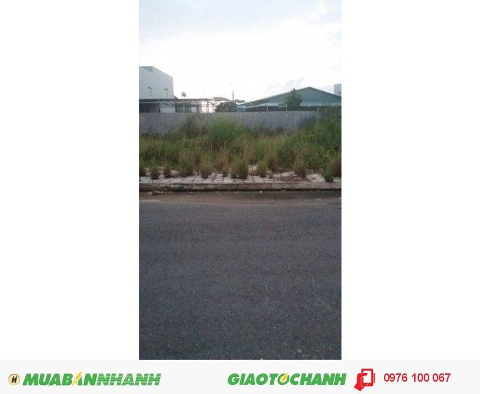 Bán nhanh 180m2 đất mặt tiền đường Hồ Xuân Hương, giá 5,5 tỷ.