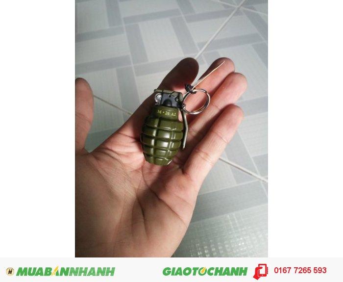 Hộp quẹt lựu đạn mini móc khóa2