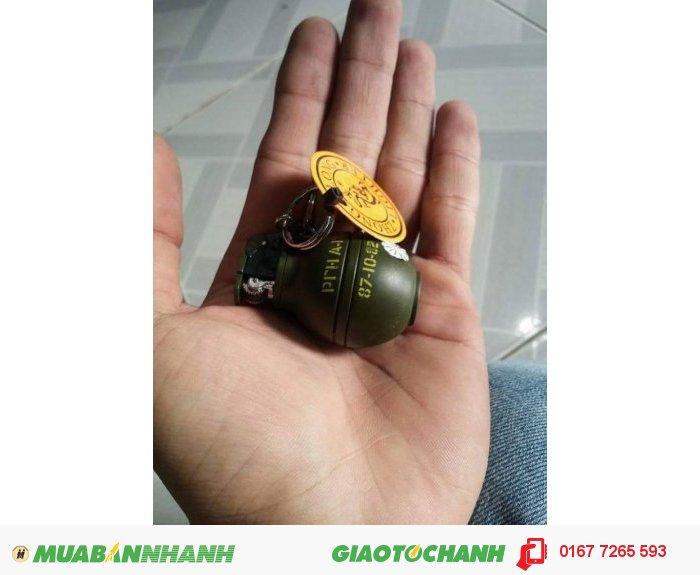 Hộp quẹt lựu đạn móc khóa0