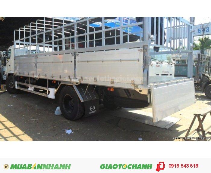 Bán xe tải hino 9T4 FG8JPSL, đóng thùng chở gia súc 1