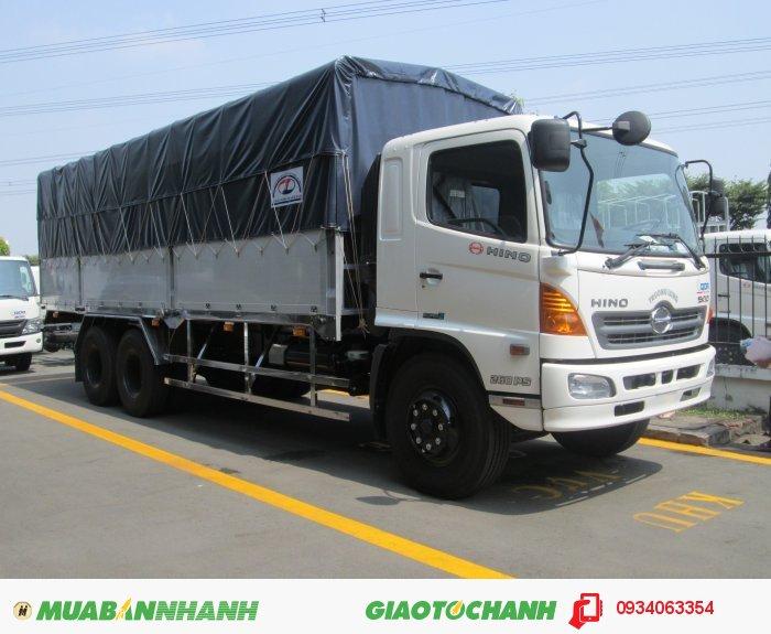 Xe tải Hino FL8JTSL 16 tấn FL,3 chân 2 dí 1 cầu giao xe ngay
