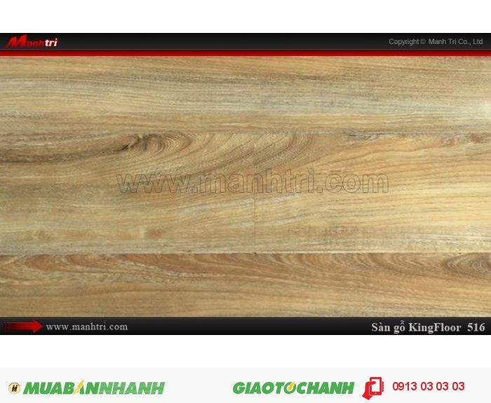 Tên sản phẩm: Sàn gỗ KingFloor 516 |       Giá bán: 169,000 VNĐ/M2 |    - Giá trên CHỈ bao gồm ván sàn |   - Giá trên CHƯA bao gồm chi phí thi công, phụ kiện, vận chuyển, Thuế VAT 10% |   - Đơn giá thi công sàn gỗ, đóng len tường, nẹp: 29.000đ/m2 2