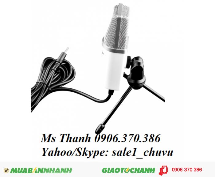 Là micro condenser nhưng PCM-1200 được tích hợp sẵn nguồn điện nên bạn có thể cắm và sử dụng ngay mà không cần cung cấp nguồn cho mic. Bên cạnh đó, sản phẩm sử dụng giắc kết nối audio 3.5mm thuận tiện cho việc kết nối trực tiếp với laptop, pc hay máy tính bảng.