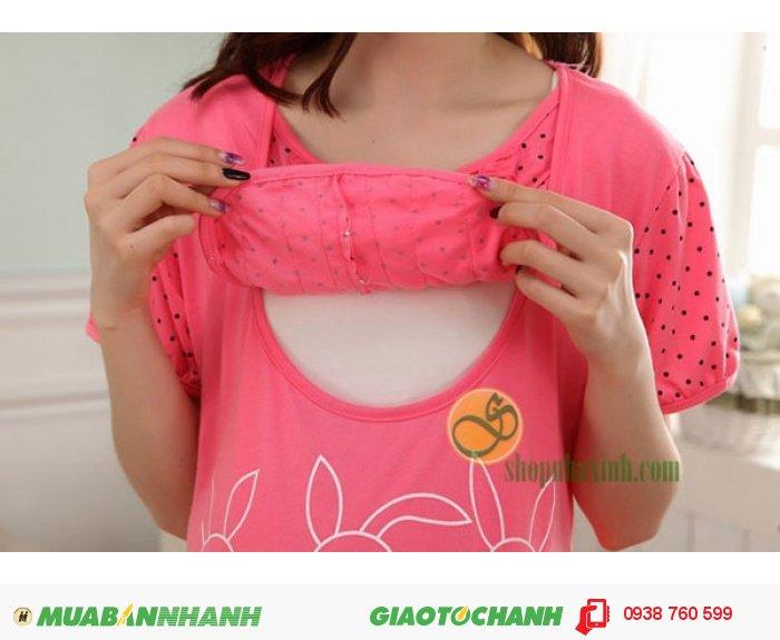 Bộ đồ bầu kết hợp con bú được thiết kế đơn giản với áo cộc & quần lửng vừa kín đáo vừa mát mẻ giúp chị em thoải mái & tự tin trong mọi hoạt động.2