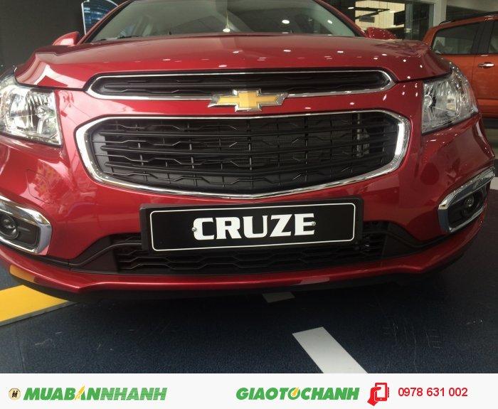 Xe Cruze 2016 giảm giá chỉ còn hơn 600 triệu đồng 4
