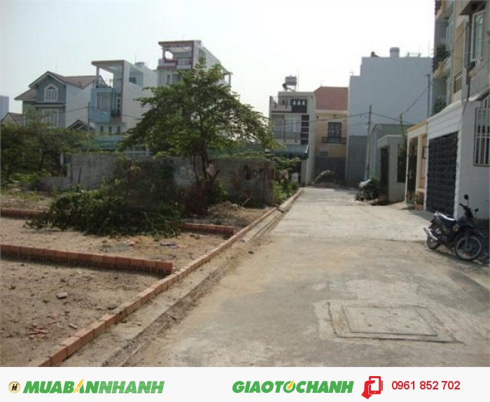 Gia đình tôi cần bán gấp lô đất gần UBND phường Phú Hữu, quận 9