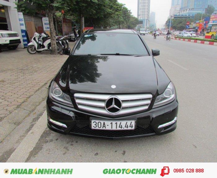 Mercedes-Benz C300 sản xuất năm 2014 Số tự động Động cơ Xăng