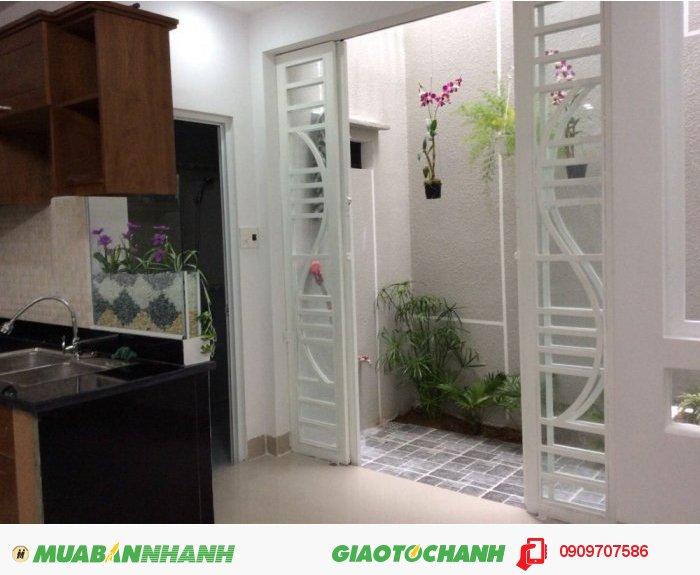 Bán biệt thự đường nội bộ Lê Văn Sỹ, Tân Bình. 10x17m, hầm, 3 lầu.