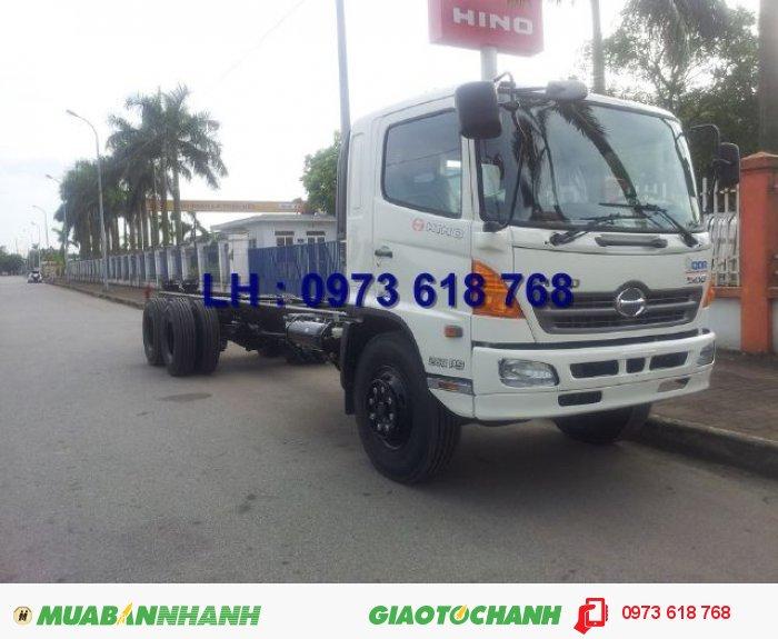 Xe Hino 3 chân 16 tấn thùng kín 7m8, Hino FL8JTSA, giao xe toàn Quốc 2