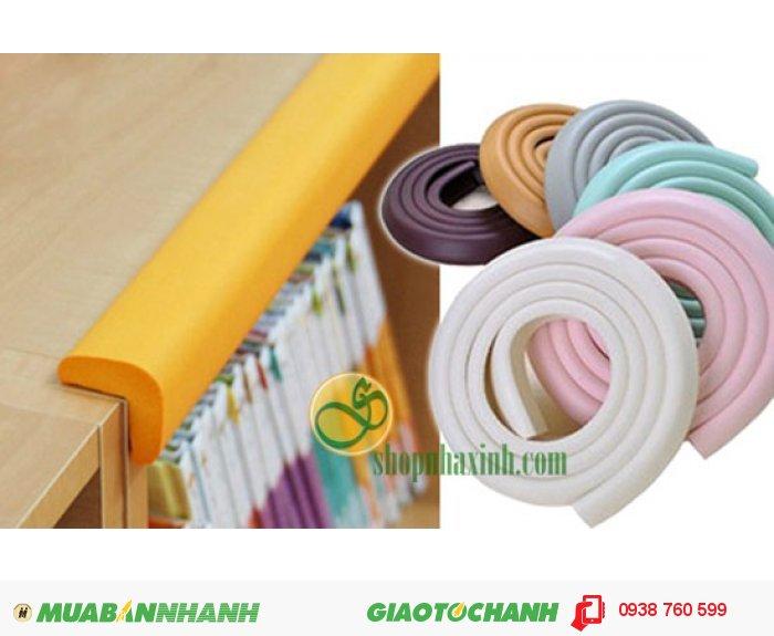 Miếng bọc cạnh bàn có nhiều màu sắc phù hợp với tông màu bàn ghế hoặc tường của nhà bạn.1