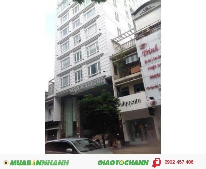 Bán nhà MT Trần Hưng Đạo, Q5. DT: 21x32, giá 75 Tỷ
