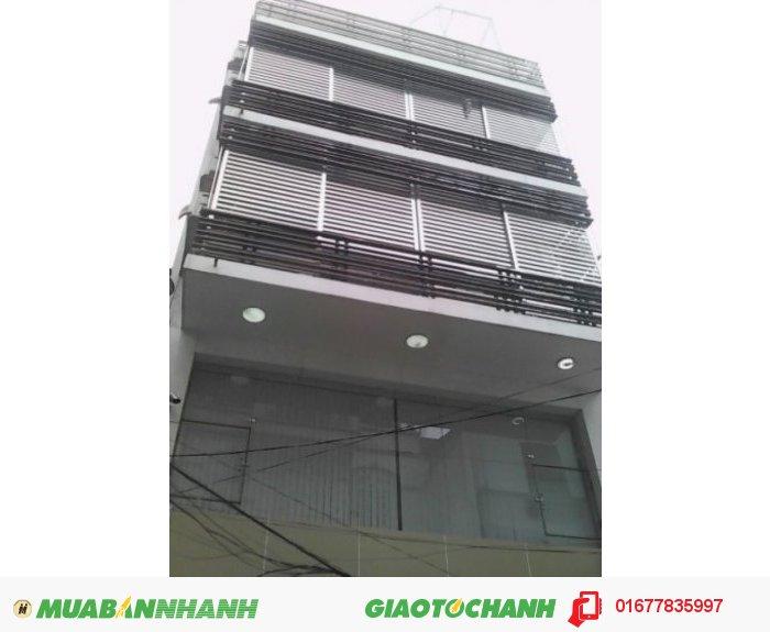 Cần cho thuê gấp nhà 6T mặt phố lớn Đường Láng, Đống Đa, 150m2, mặt tiền đẹp