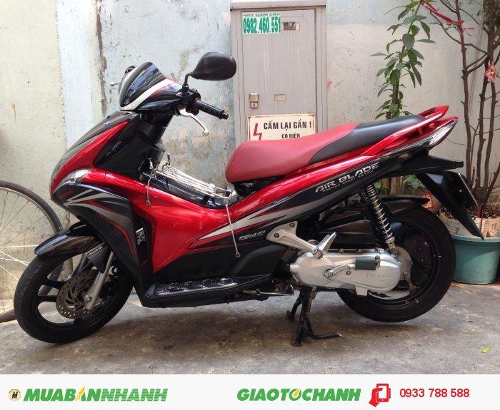 Honda AirBlade 110 Fi Sport Đỏ đen,xe đẹp 95%,BSTP chính chủ 0