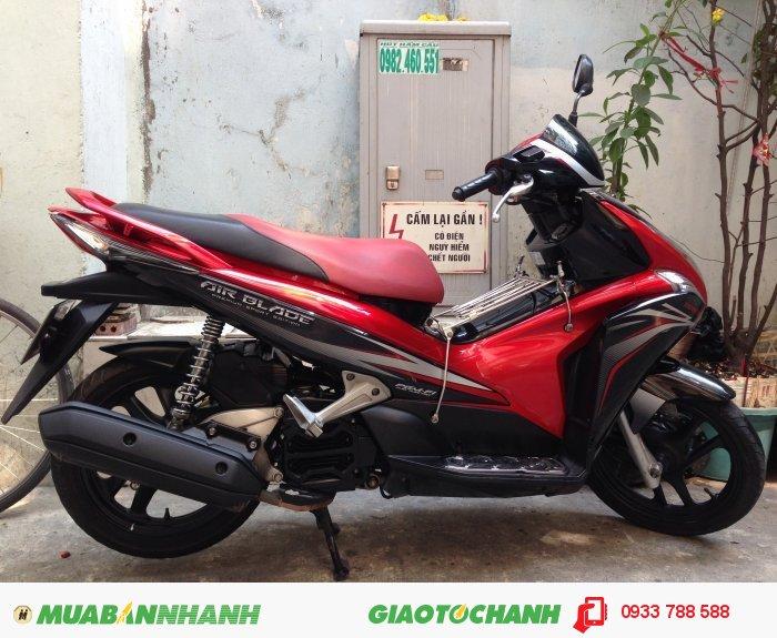 Honda AirBlade 110 Fi Sport Đỏ đen,xe đẹp 95%,BSTP chính chủ 2