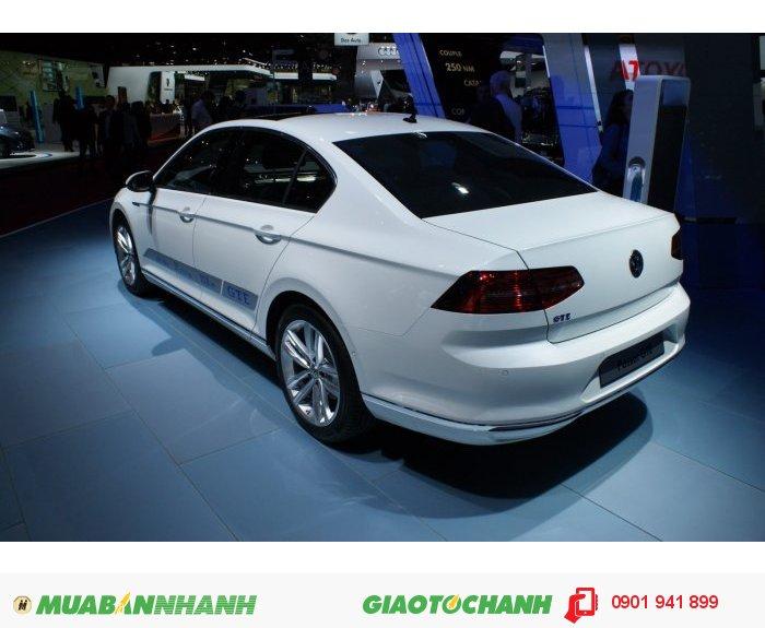 Xe Volkswagen Passat 2016 - Chính thức nhận đơn đặt hàng đầu tiên 2