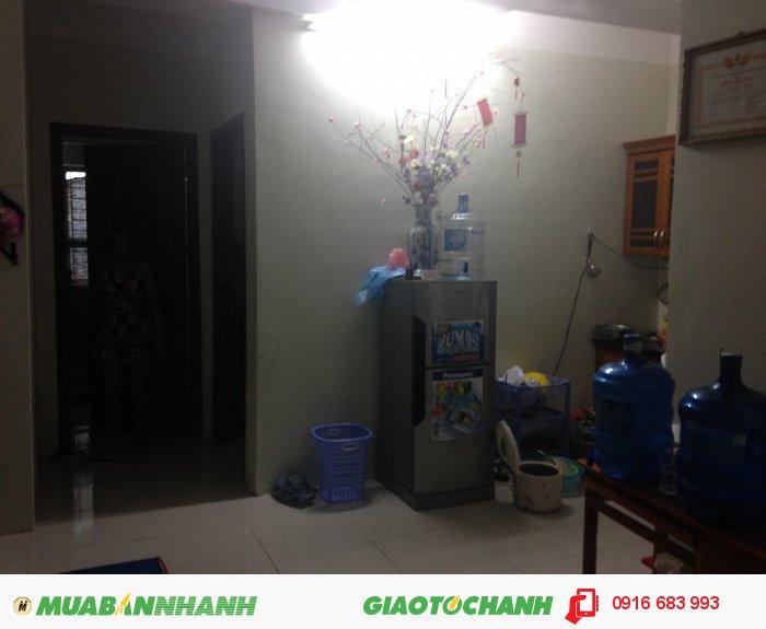 Cho thuê căn hộ 2 phòng ngủ HH4 Linh Đàm giá 4 triệu/tháng