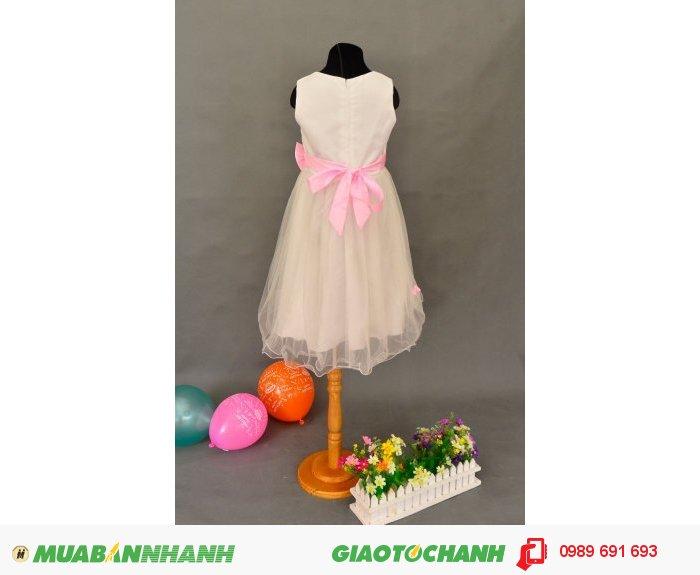 Đầm bé gái 3 bông hồng trắng3