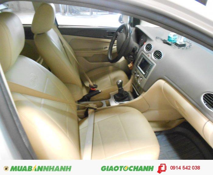 Bán Ford Focus 1.8 MT_sedan sx 2011 ghi bạc bstp