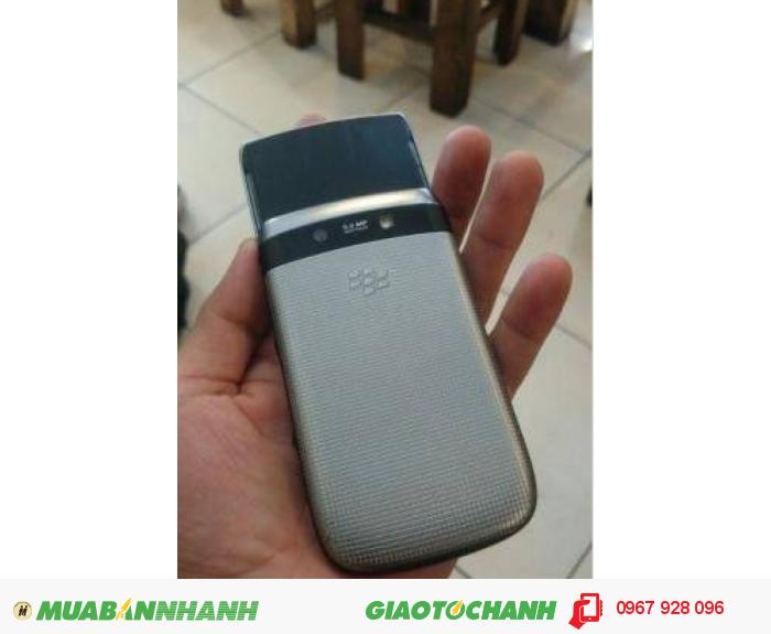 Blackberry 9810 roger kèm phụ kiện2