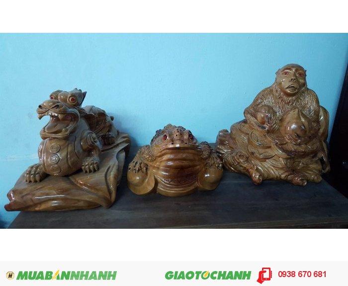 Tượng linh vật Tỳ Hưu,Cóc ngậm tiền,Khỉ tài lộc phong thủy bằng gỗ xá xị thơm.0