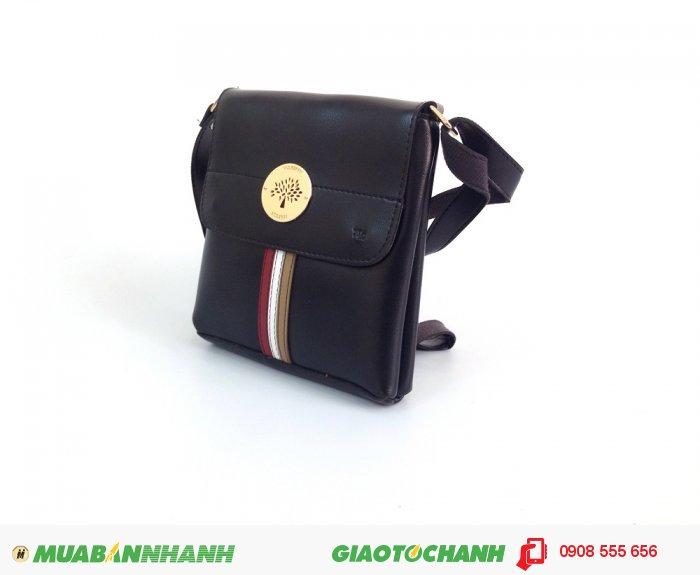 Túi đeo chéo màu đen phong cách   Chất liệu bền, chỉ được dùng là loại chỉ d...