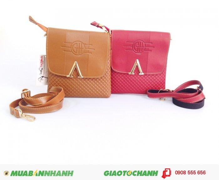 Túi iPad cho nữ | Chất liệu bền, chỉ được dùng là loại chỉ dù chắc chắn, bạn hoàn toàn yên tâm sử dụng túi mà không lo bị bục.