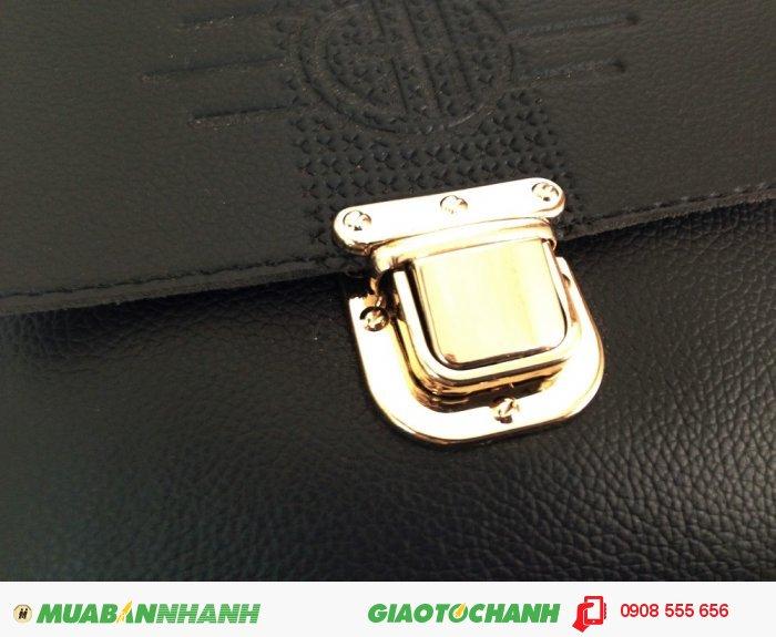 Túi đựng máy tính bảng | Phần trước thu hút hơn với khóa kim loại phủ vàng á...