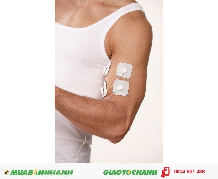Máy kỹ thuật số 3 trong 1 massage xung điện trị liệu 4 miếng dán điện cực tiếp xúc Beurer EM41 kích thích thần kinh