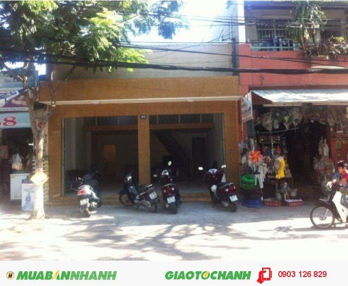 Bán nhà MT Q.1, Đ.Rạch Bùng Binh, Phường 9, Quận 3, DT: 3 x 11,5m, nhà nát, 3,8 Tỷ (TL)