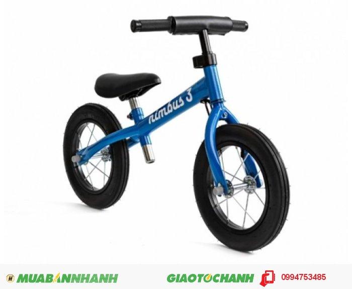 Xe đạp cân bằng cho bé