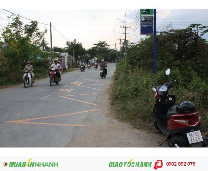 Cần bán lô đất xưởng 1000m2, mặt tiền đường Hưng Long, Bình Chánh.