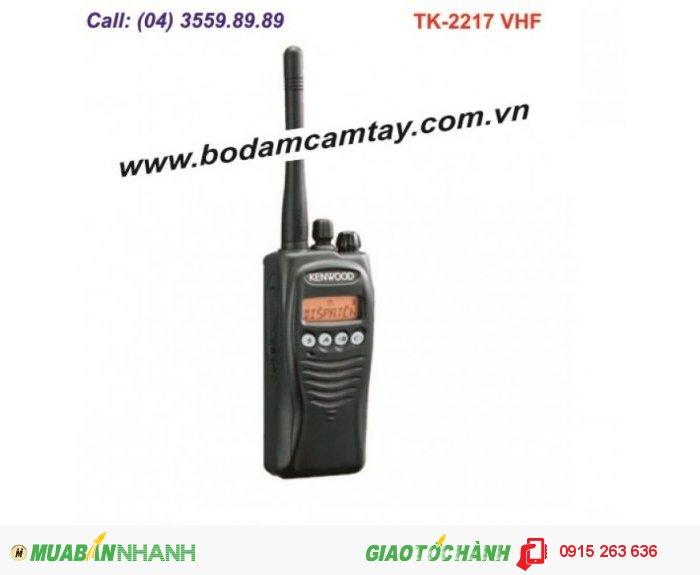 Bộ đàm cầm tay Kenwood TK-2217 VHF (128 kênh)