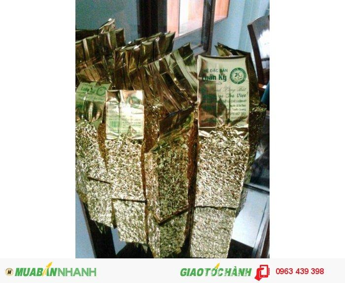 Những gói trà được đóng gói và hút chân không cẩn thận với trọng lượng 200gr/ gói0